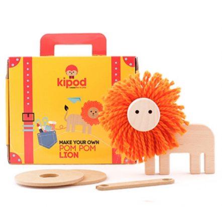 Kipod Pom Pom Lion Craft Kit