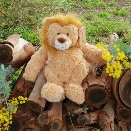 petite-vous-lion-soft-toy