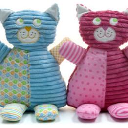 LG139_Cats